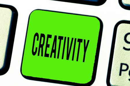 Photo pour Text sign showing Creativity. Conceptual photo Use of imagination or original ideas to create something. - image libre de droit