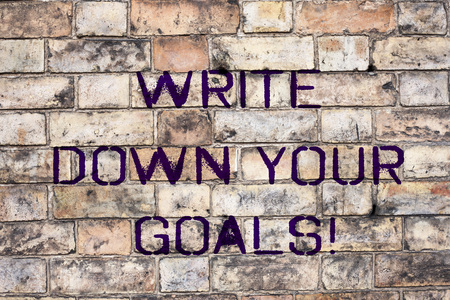 Photo pour Handwriting text Write Down Your Goals. Concept meaning Make a list of your objective to stay motivated - image libre de droit