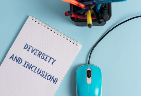Foto de Conceptual hand writing showing Diversity And Inclusion. Concept meaning range huanalysis difference includes race ethnicity gender - Imagen libre de derechos