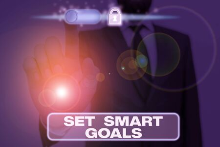 Photo pour Writing note showing Set Smart Goals. Business concept for Establish achievable objectives Make good business plans - image libre de droit