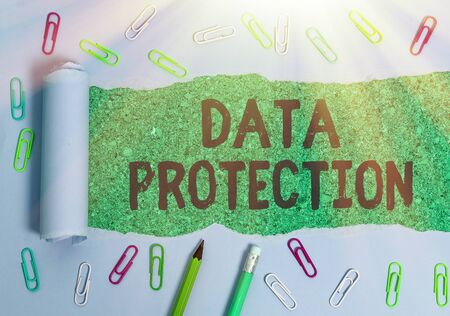 Foto de Writing note showing Data Protection. Business concept for Protect IP addresses and an individualal data from harmful software - Imagen libre de derechos