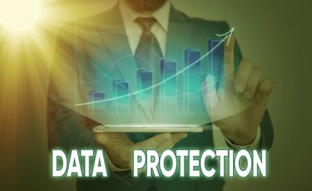Foto de Handwriting text Data Protection. Conceptual photo Protect IP addresses and an individualal data from harmful software - Imagen libre de derechos