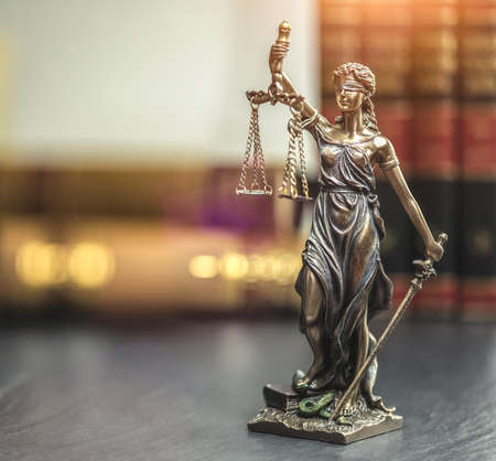 Photo pour The Statue of Justice - lady justice or Iustitia / Justitia the Roman goddess of Justice - image libre de droit