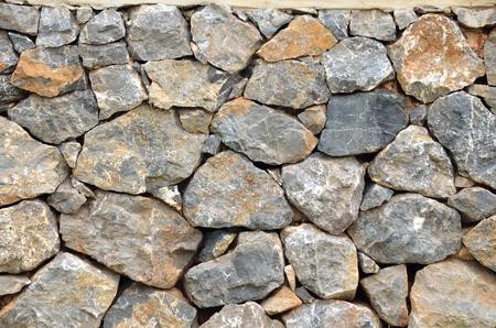 Foto de natural rock wall texture and pattern - Imagen libre de derechos