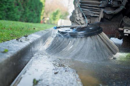 Foto de street cleaning brush - Imagen libre de derechos