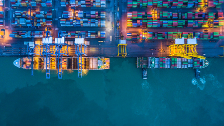 Foto per Aerial view of container cargo ships - Immagine Royalty Free