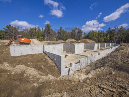 Photo pour Concrete foundation for new houses - image libre de droit