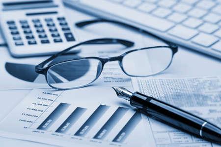 Photo pour Financial accounting - image libre de droit