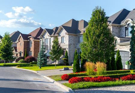 Photo pour Luxury house in Montreal, Canada against blue sky - image libre de droit