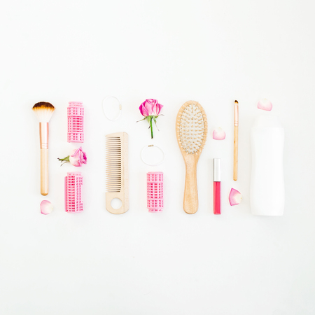 Photo pour Hair styling concept with tools and shampoo on white background. Beauty composition. Flat lay, top view - image libre de droit