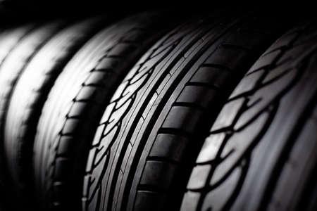 Photo pour Tire stack background.  Selective focus. - image libre de droit