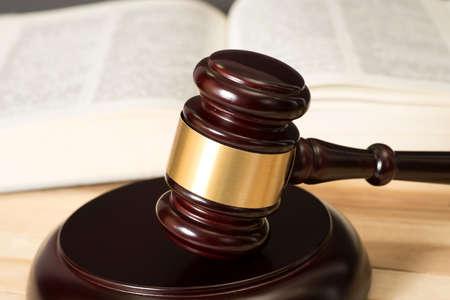 Photo pour Seducer`s hammer and code of law - image libre de droit