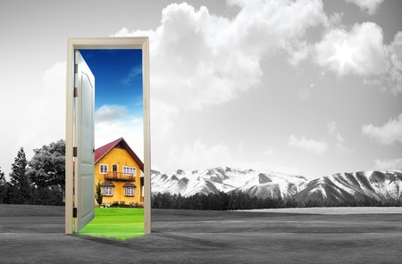 Foto de Door open to the new world, for environmental concept and idea - Imagen libre de derechos