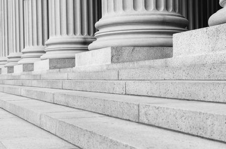 Foto de Pillars in Black and White - Imagen libre de derechos