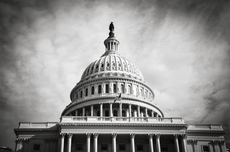 Photo pour Capitol Hill Building in Washington DC - image libre de droit