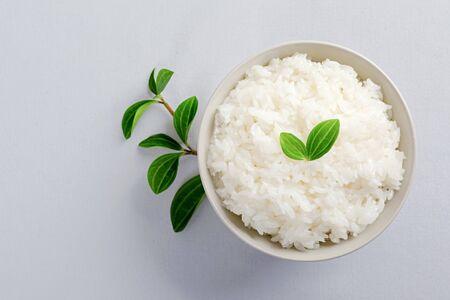 Photo pour Assortment of Various grains and rice in bowls. - image libre de droit