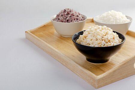 Photo pour Assortment of Various grains and rice in bowls. 076 - image libre de droit