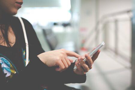 Photo pour Women who are working with a smart phone - image libre de droit
