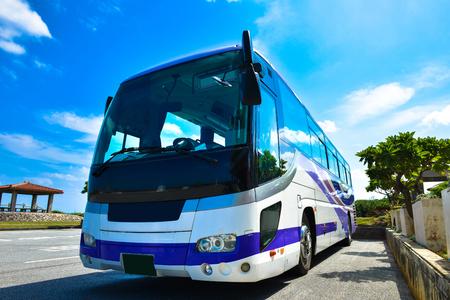 Photo pour Tourist bus - image libre de droit