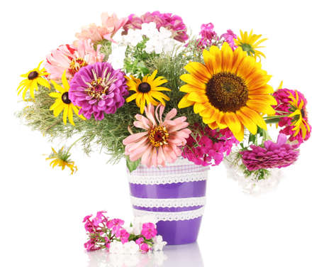 Photo pour Beautiful bouquet of bright flowers isolated on white - image libre de droit