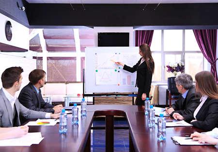 Photo pour Business training at office - image libre de droit