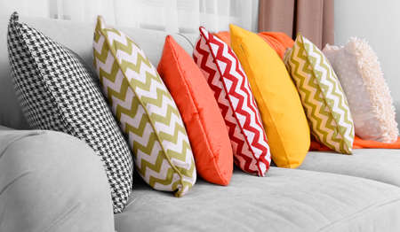 Photo pour Sofa with colorful pillows in room - image libre de droit