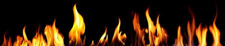 Photo pour Bright fire on black background - image libre de droit