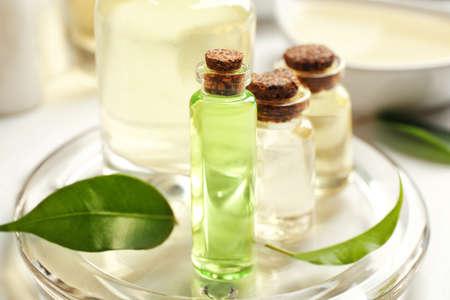 Photo pour Spa composition with tea tree oil on white background - image libre de droit