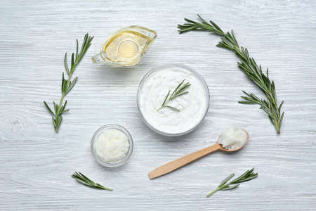 Photo pour Beautiful composition with shea butter in jar on table - image libre de droit