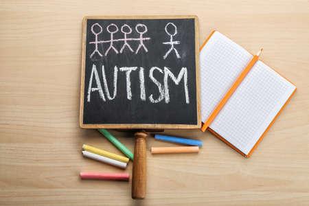 Foto de Chalkboard with word Autism on light background - Imagen libre de derechos