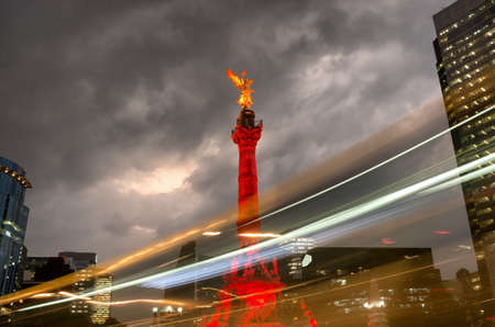Photo pour The Angel of Independence against the sky in Mexico City, Mexico. - image libre de droit