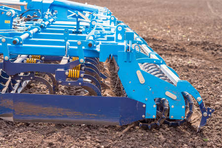Photo pour Soil plow for preparation for planting is ready to use - image libre de droit