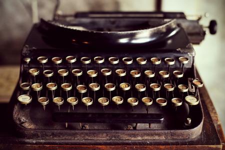 Foto de Antique typewriter vintage filter - Imagen libre de derechos