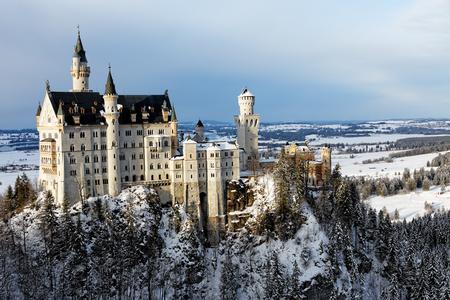 Foto de Winter in Bavaria - Neuschwanstein Castle. - Imagen libre de derechos