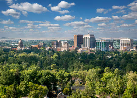 Photo pour Downtown Boise skyline - The City of Trees - image libre de droit