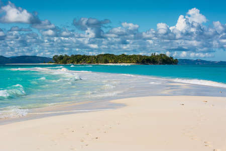 Foto de Nosy Iranja is an amazing island sited few miles far of Madagascar coast. Here you can find incontaminated landscape, white sand and friendly Malagasy people - Imagen libre de derechos