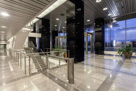 Foto für Interior of a modern futuristic building - Lizenzfreies Bild