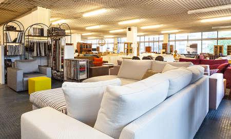 Foto de A store full of sofas and cabinets - Imagen libre de derechos