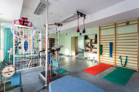 Foto de Empty room at small physiotherapy clinic, horizontal - Imagen libre de derechos