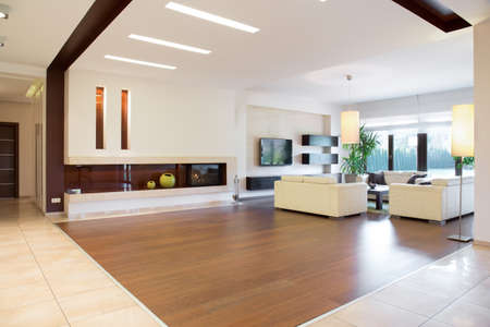 Photo pour Interior of modern area in spacious house - image libre de droit