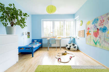 Photo pour Cute stylish designed interior of small children room - image libre de droit