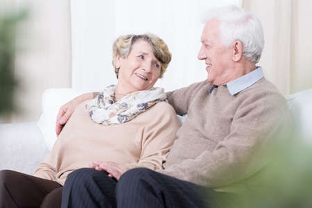 Photo pour Senior people having romance in old age - image libre de droit