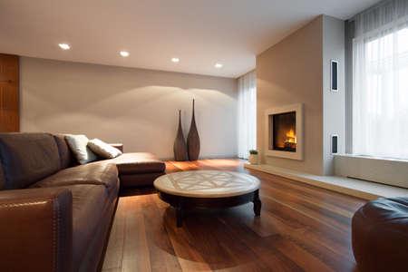 Photo pour Leather comfortable sofa in luxury living room - image libre de droit