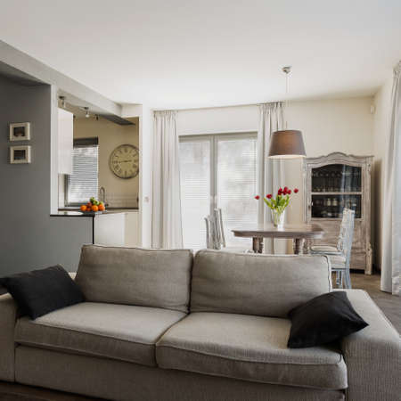 Photo pour Interior of home in modern retro style - image libre de droit