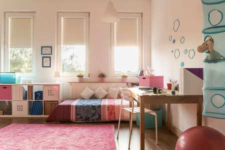 Photo pour Picture of snug room for teenage girl - image libre de droit