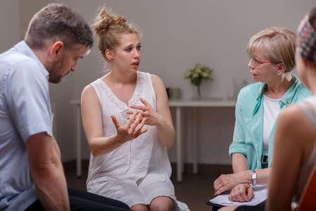 Foto de Group of addicted people during psychological therapy - Imagen libre de derechos