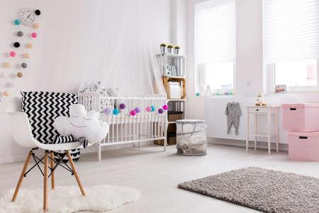 Photo pour Shot of a cosy spacious nursery full of light - image libre de droit