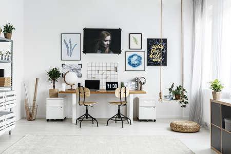 Photo pour Spacious,white home workplace for creative hipster - image libre de droit