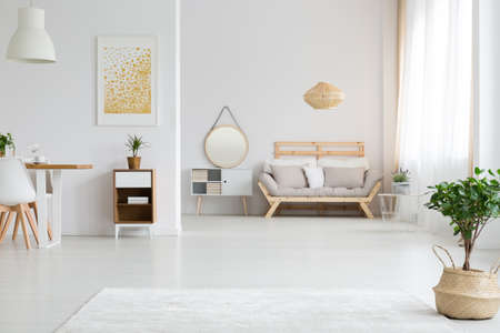 Photo pour View of stylish white apartment design in lagom style - image libre de droit