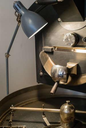 Foto de Machine for roasting and grilling coffee beans - Imagen libre de derechos